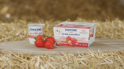 Danone collabore avec les célèbres fraises Hoogstraten pour un nouveau yaourt au lait frais et aux fruits d'ici