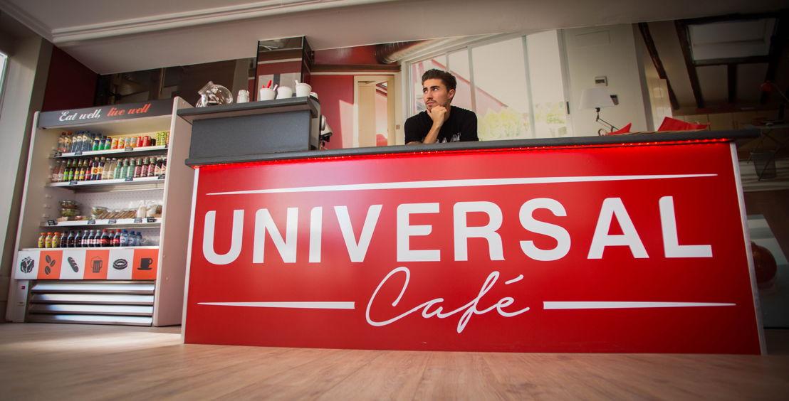 Universal Café 3