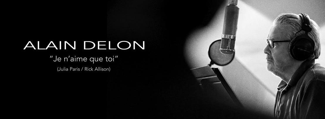 """ALAIN DELON & JULIA PARIS vous présentent """"Je n'aime que toi"""", sortie digitale le 20/12/2019"""