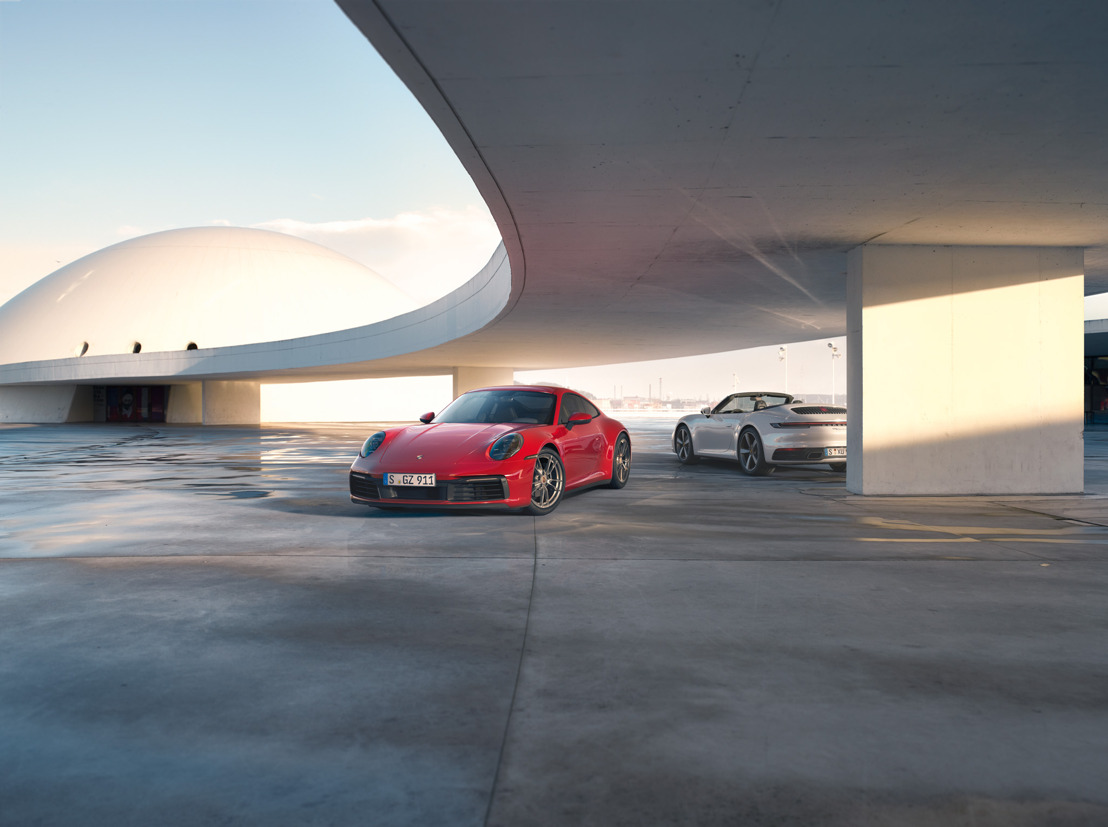 385 hp 911 Carrera models now available with all-wheel drive