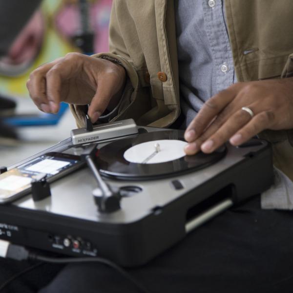 Preview: Mixfader, das perfekte Vatertags-Geschenk für Hobby-Scratcher
