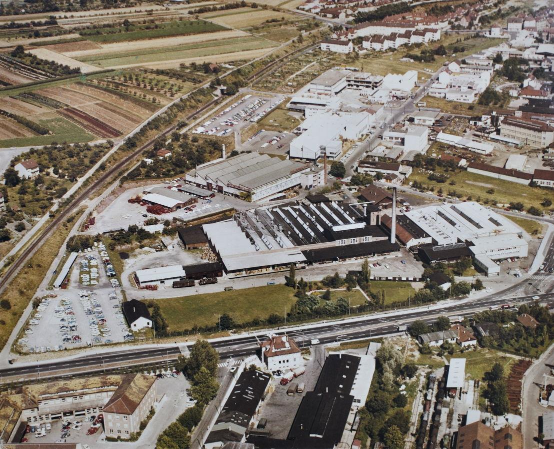 1964. El primero de marzo la fábrica de carrocería Reutter pasa a llamarse Karosseriewerk Porsche GmbH