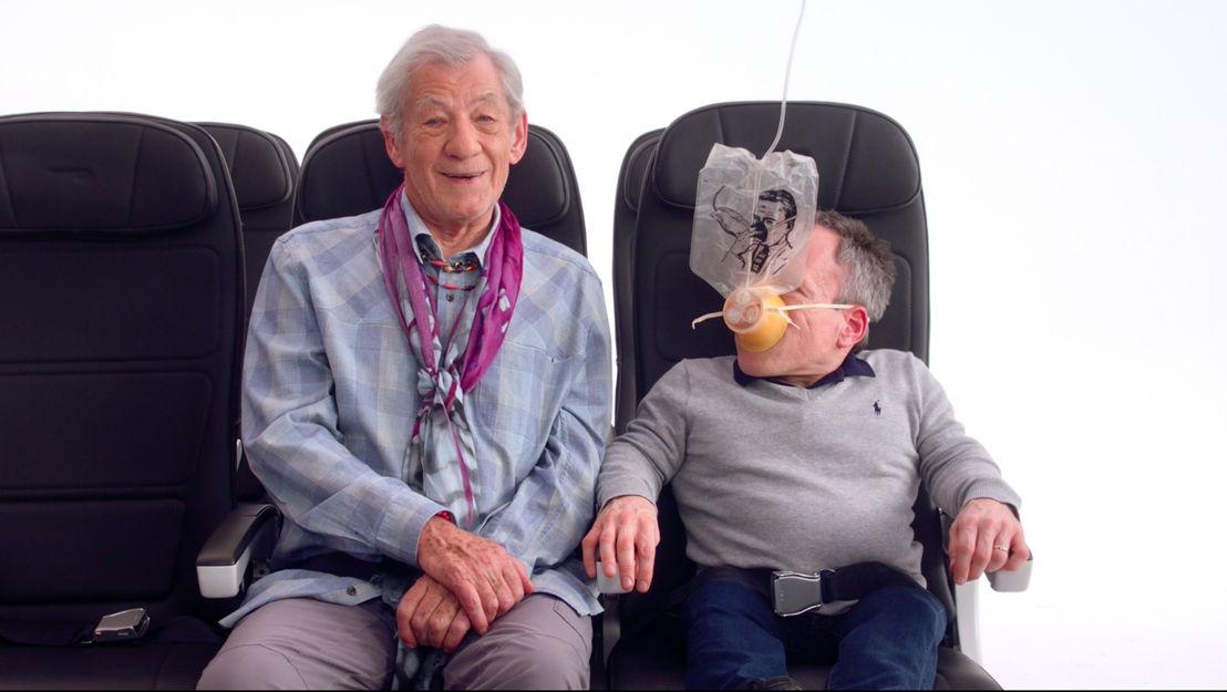 Sir Ian McKellen & Warwick Davis 1