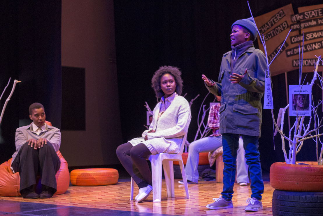 Ayanda Rose Fali, Khanyisa Nanase and Tsholofelo Ross perform in Chapter2 Section 9_CuePix: Madeleine Chaput_NAF 2016