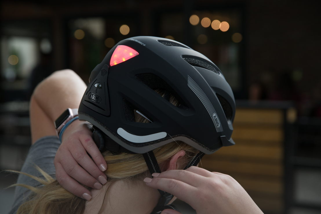 e-Bike specific helmet with built-in visibility light