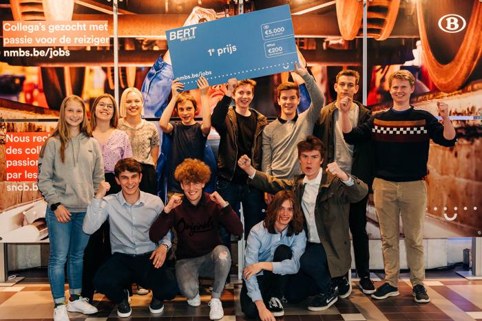 L'école Sint Lambertus de Westerlo remporte le concours relatif à la lutte contre les graffitis sur les trains