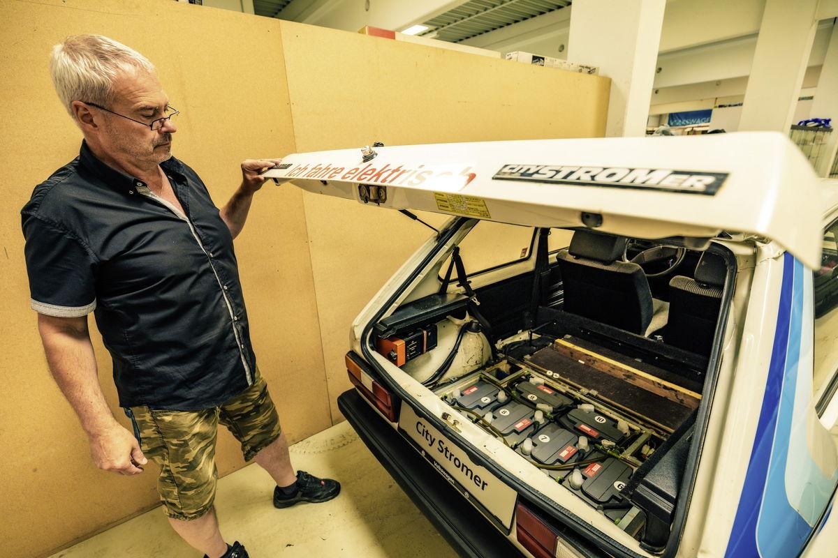Inicio eléctrico: el CitySTROMer construido en 1981 era conducido con una docena de baterías de autos y fue uno de los primeros vehículos eléctricos que podía usarse cotidianamente.