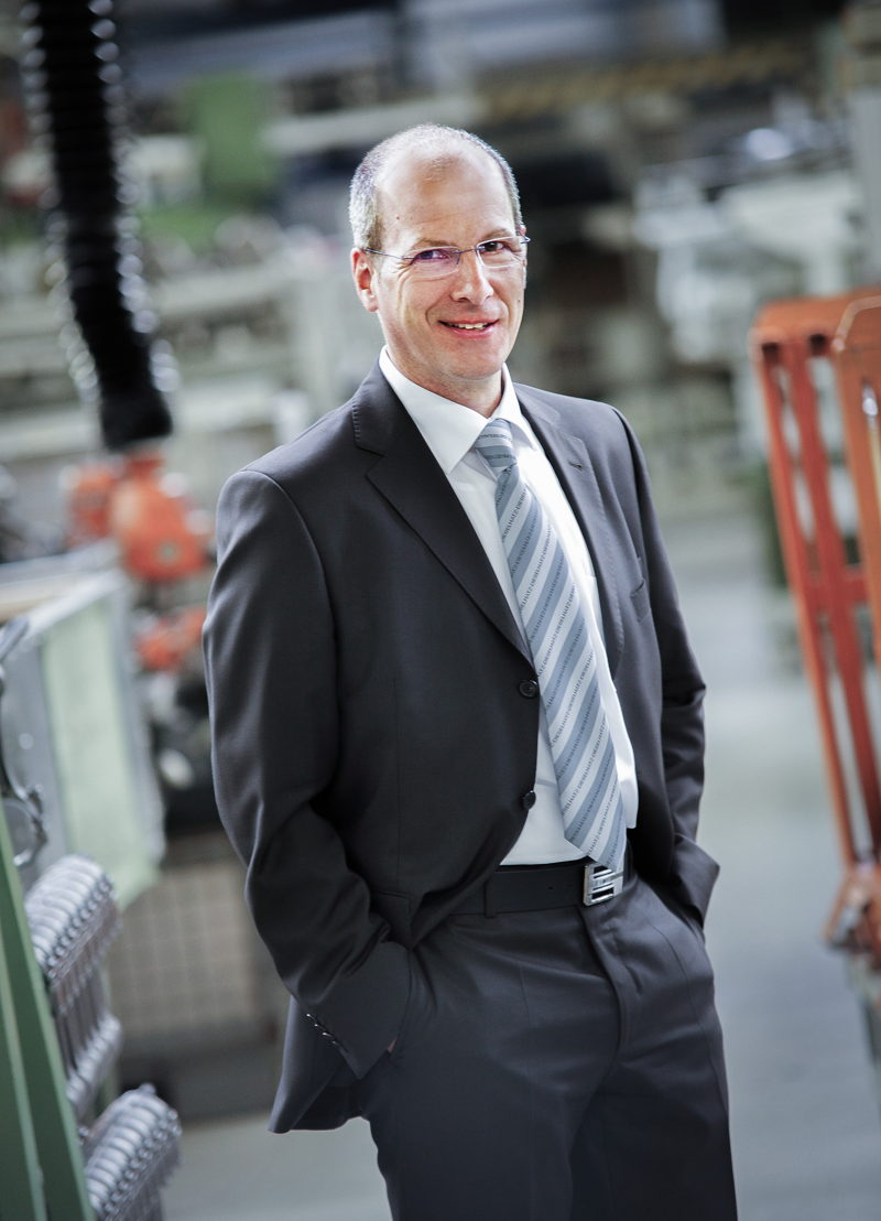 Kai Hopfensberger, Leiter der Zweigniederlassung Hatz West in Darmstadt