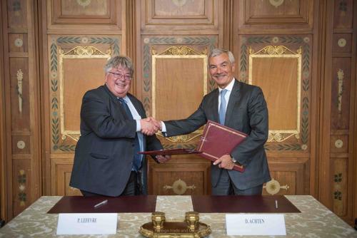 Le SPF Affaires étrangères transfère sa collection bibliothécaire unique à la Bibliothèque royale de Belgique