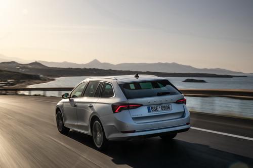 ŠKODA wins six 'Family Car of the Year' awards in AUTO Straßenverkehr readers' choice