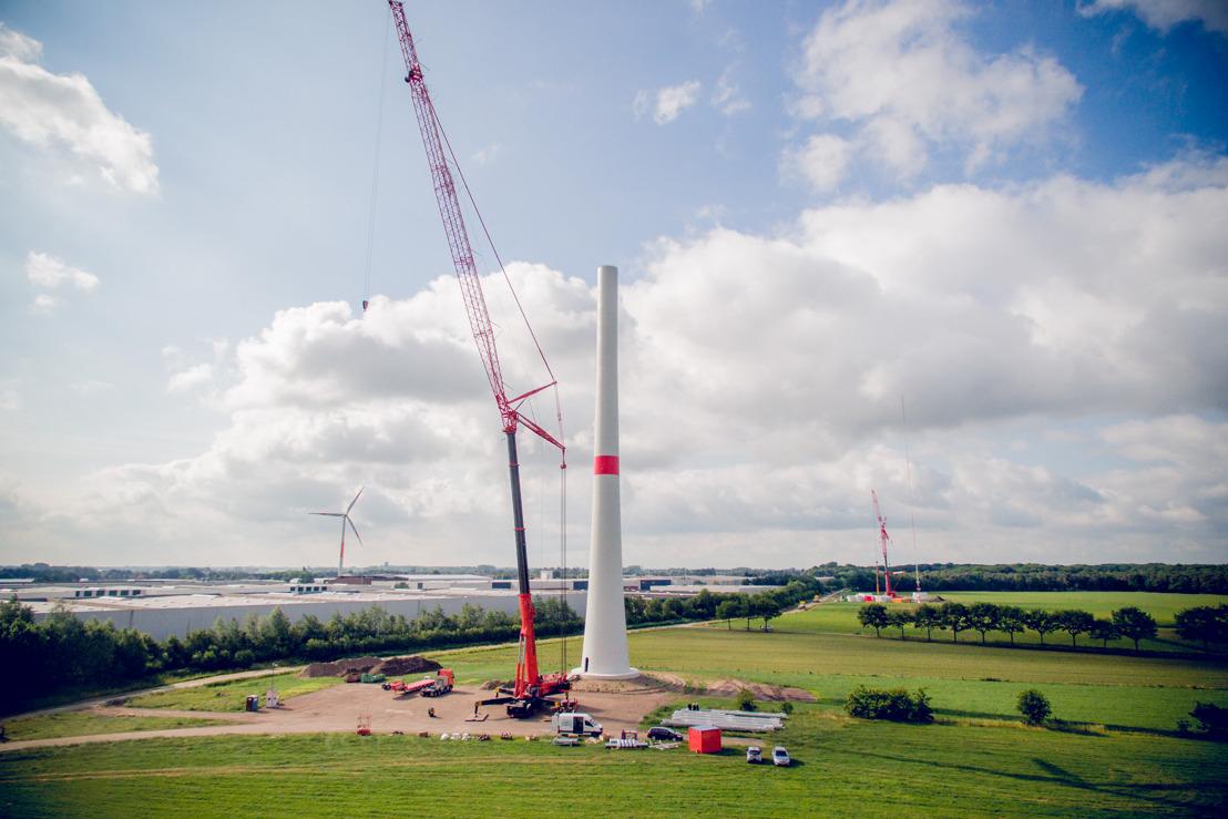 De werf van het hoogste windpark van het land in Meer stelt haar deuren open