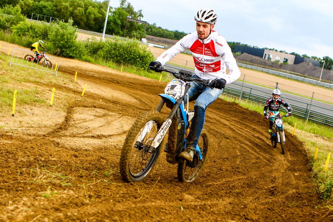 E-cyclocross winner Vincent Baestaens, credit: Gino Maes