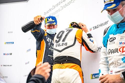 Porsche Carrera Cup Benelux : Derdaele reprend le dessus à Zandvoort