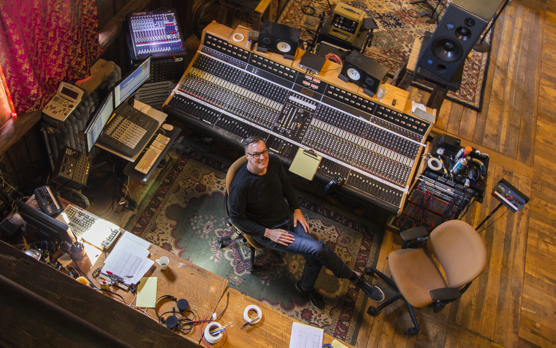 Glen Robinson Takes an Analog Approach to Recording With Digital Technology
