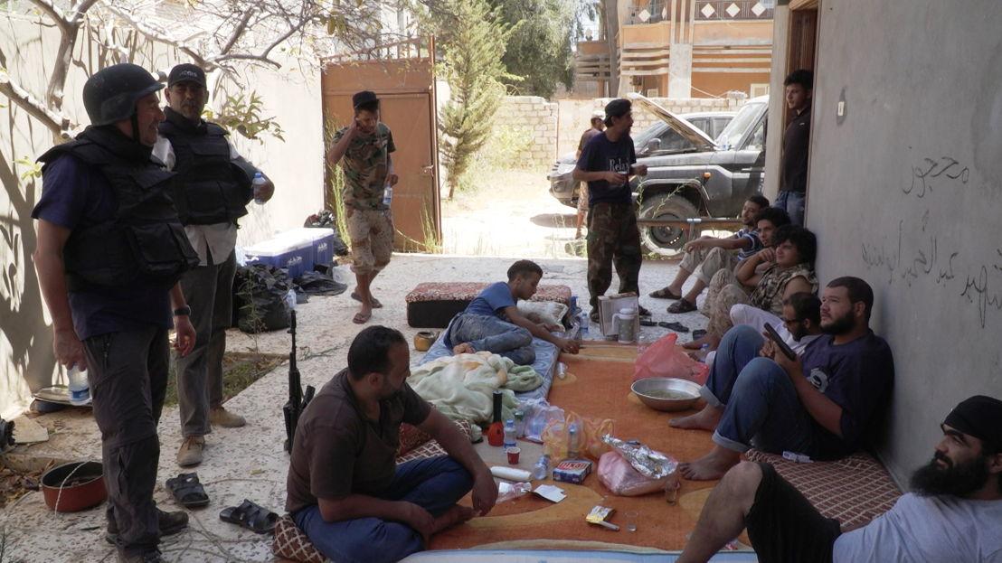 IS in het vizier - Afl 1 : Rudi Vranckx bij stadsmilitie in Sirte - (c) VRT
