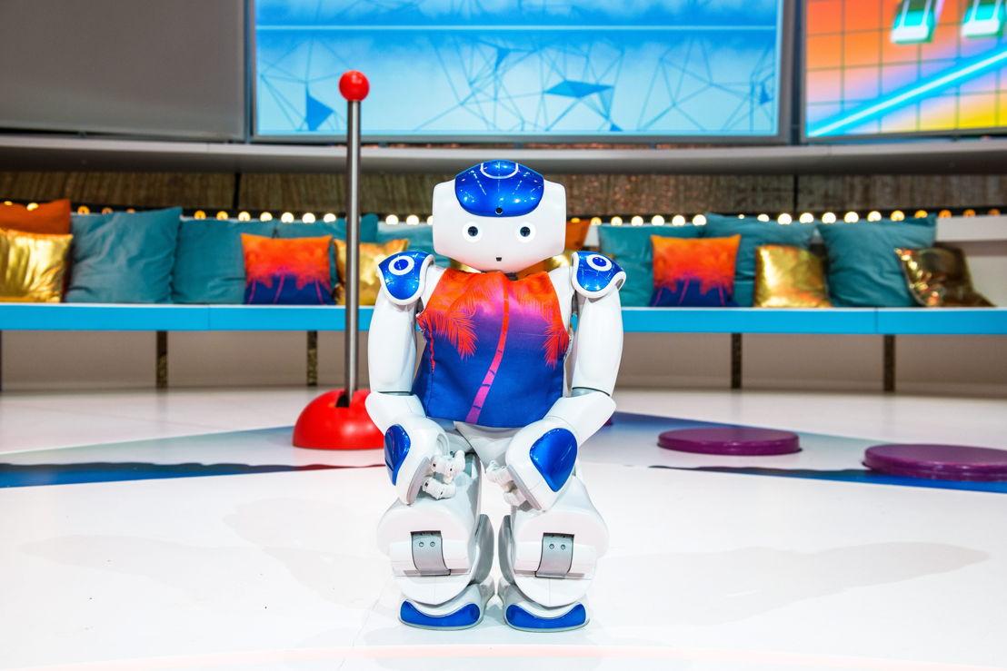 Robot James in Boeva & the games