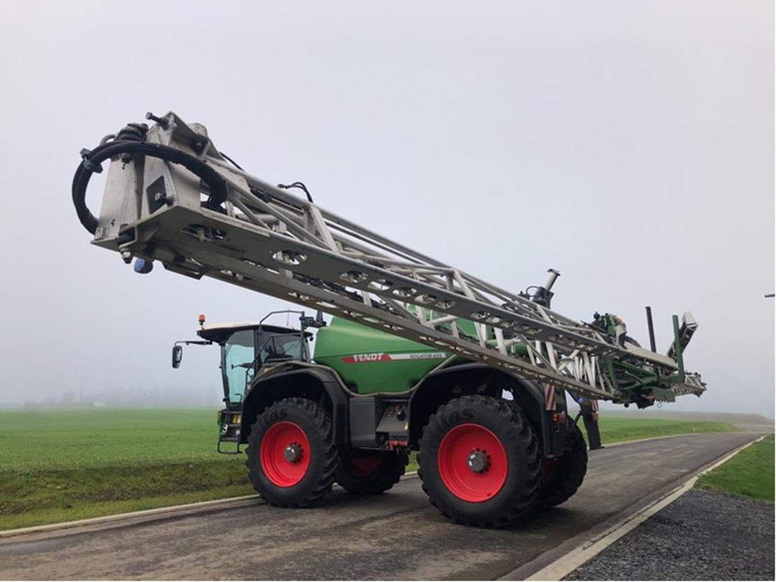 Troostwijk met aux enchères la plus grande valeur de machines agricoles jamais atteinte dans un nouveau concept d'enchères