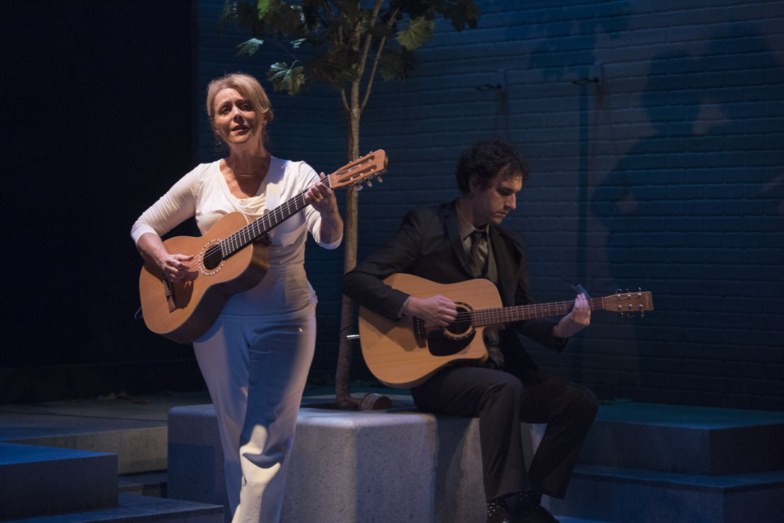 Linda Kidder and Jonathan Gould in I Think I'm Fallin' - The Songs of Joni Mitchell created by Michael Shamata and Tobin Stokes / Photos by David Cooper