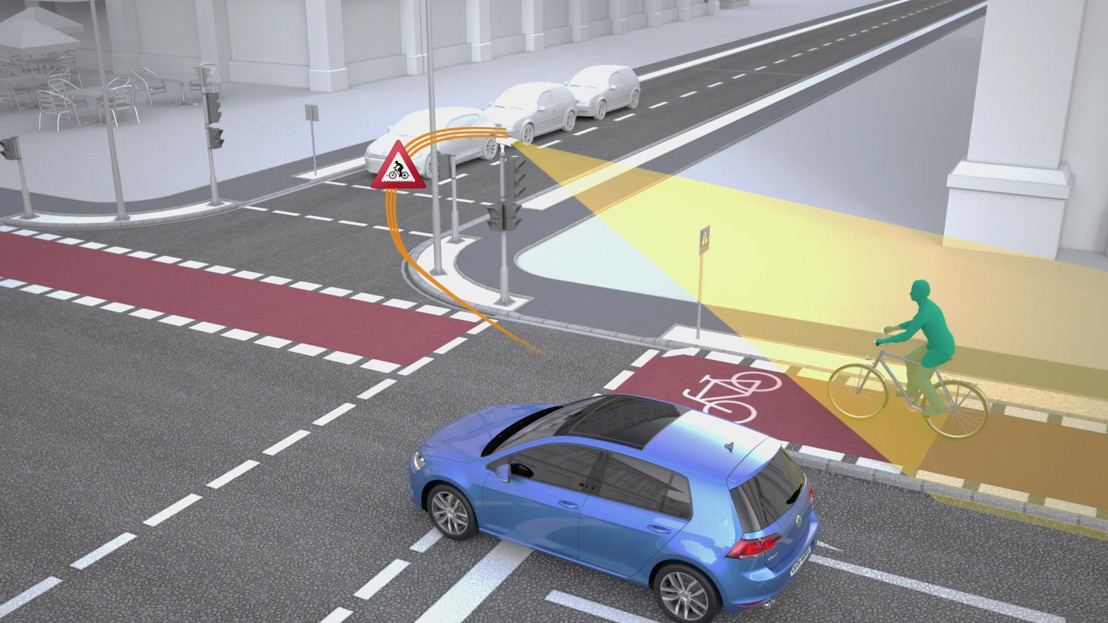 Volkswagen and Siemens want to further improve road safety especially at crossroads. .