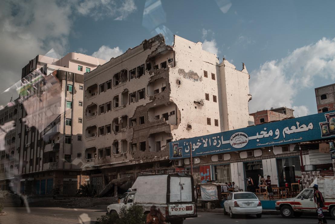 51 heridos ingresados en pocas horas en el hospital de MSF en Adén en medio del caos por los combates