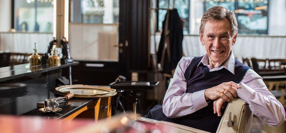 'Verhalen uit het kapsalon' - Koen Crucke bundelt de bijzonderste ontboezemingen en meest ontroerende verhalen uit de kappersstoel