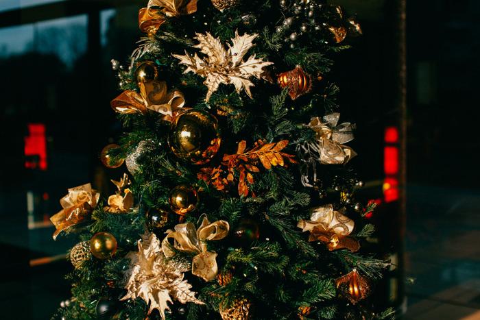 Descubre en Pinterest nuevas ideas para hacer de tu árbol de navidad algo mágico y espectacular