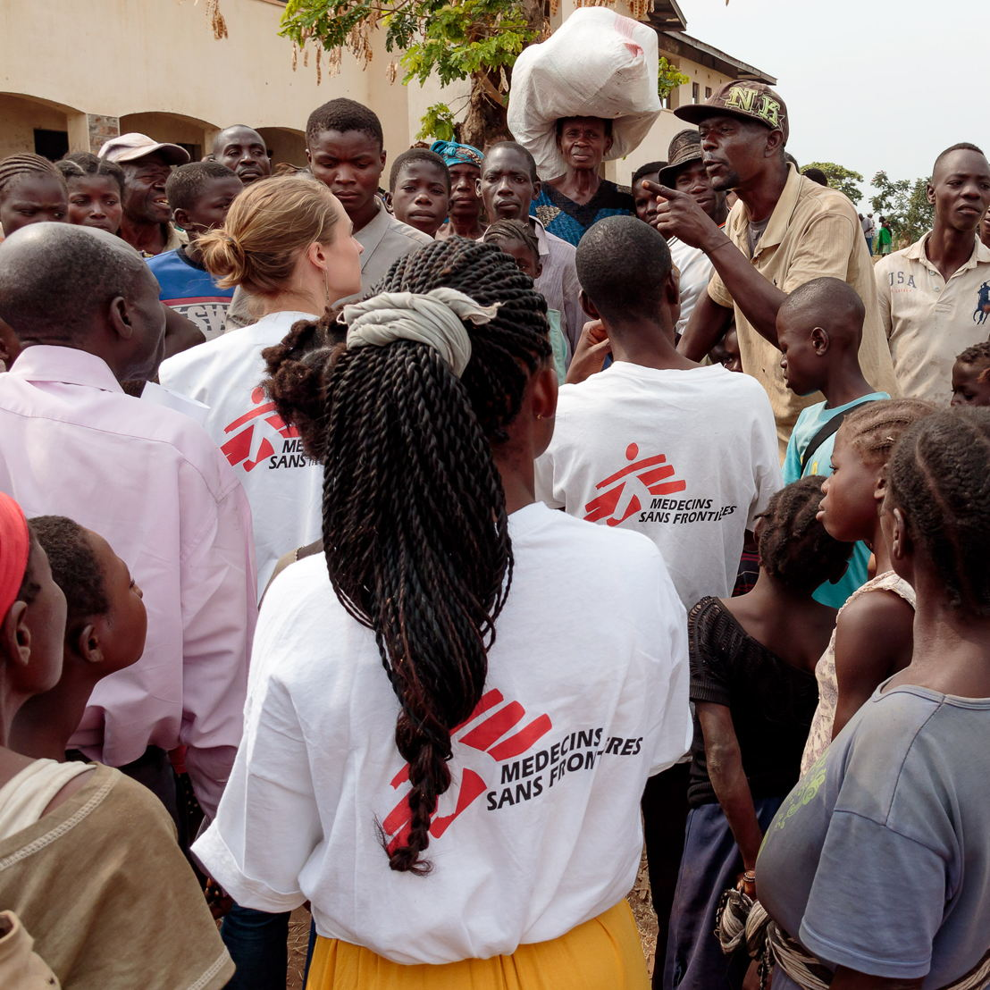 The displaced are worried and upset. They have nowhere else to go. As part of its response, MSF meets with those in charge of the settlements and the heads of the families so that they can explain their needs and express their concerns. Photographer: Stéphane Reynier de Montlaux/MSF