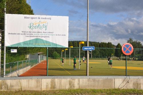 Stad Leuven en drie sportclubs ondertekenen Charter Generatie Rookvrij