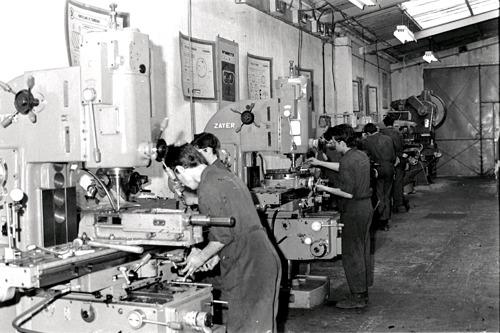 6 décennies pour la SEAT Apprentice School