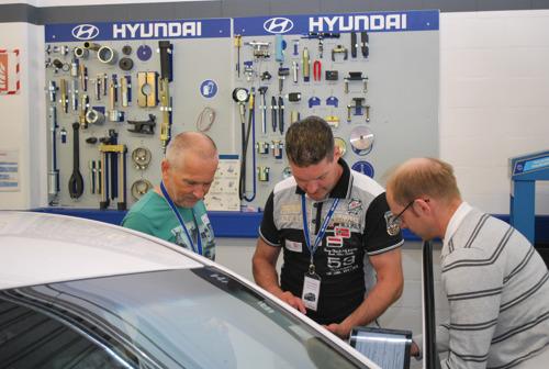 Hyundai forma insegnanti professionali svizzeri su sistemi di propulsione alternativi e tecnologia a idrogeno