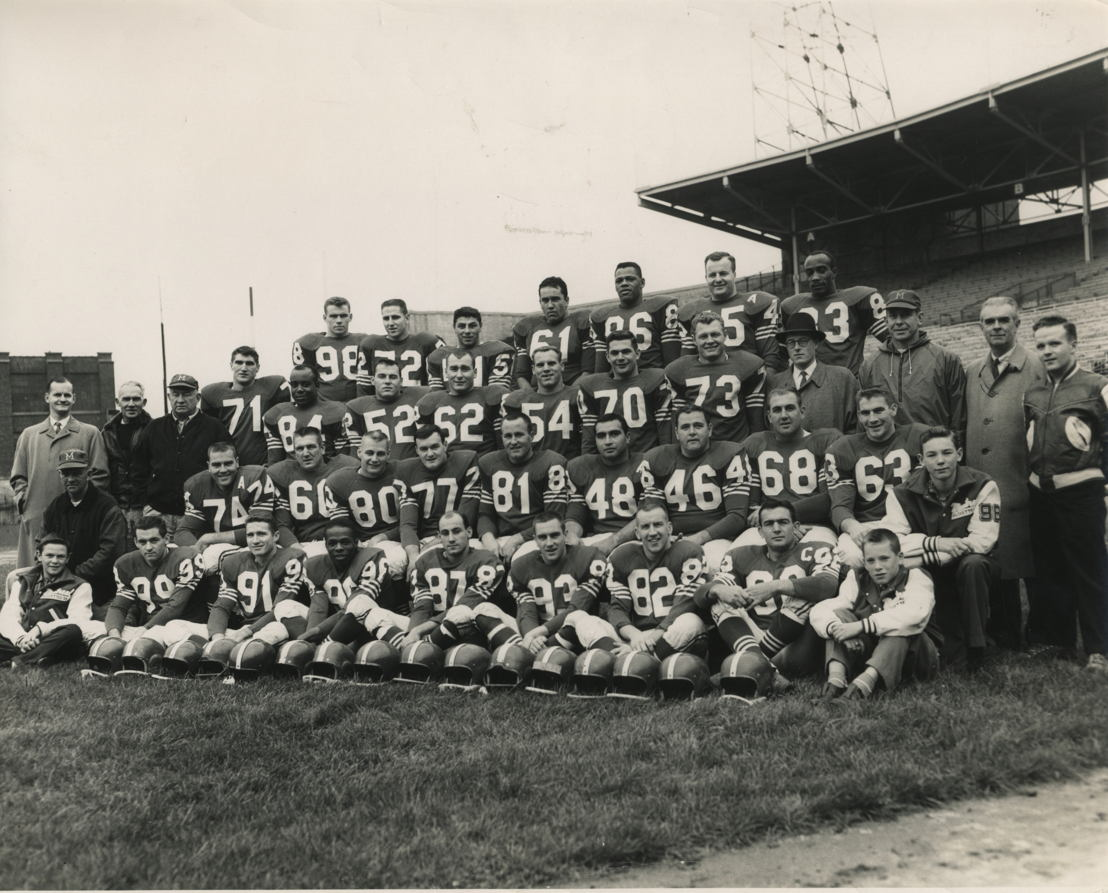 Tom Hugo (No 48), membre de la cuvée 2018 du Temple de la renommée du football canadien.