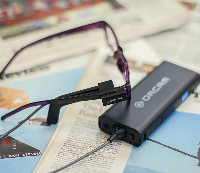 Een nieuw revolutionair toestel om het dagelijkse leven van blinden of personen met een visuele handicap gemakkelijker te maken