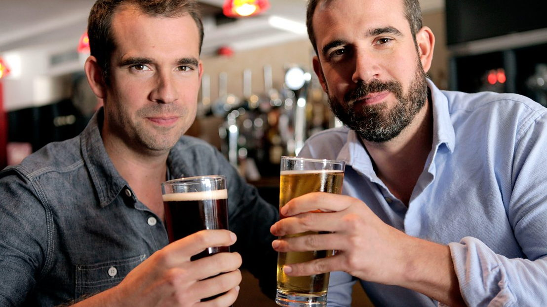 Is Binge Drinking Really that Bad? - Chris en Xand van Tulken - (c) BBC
