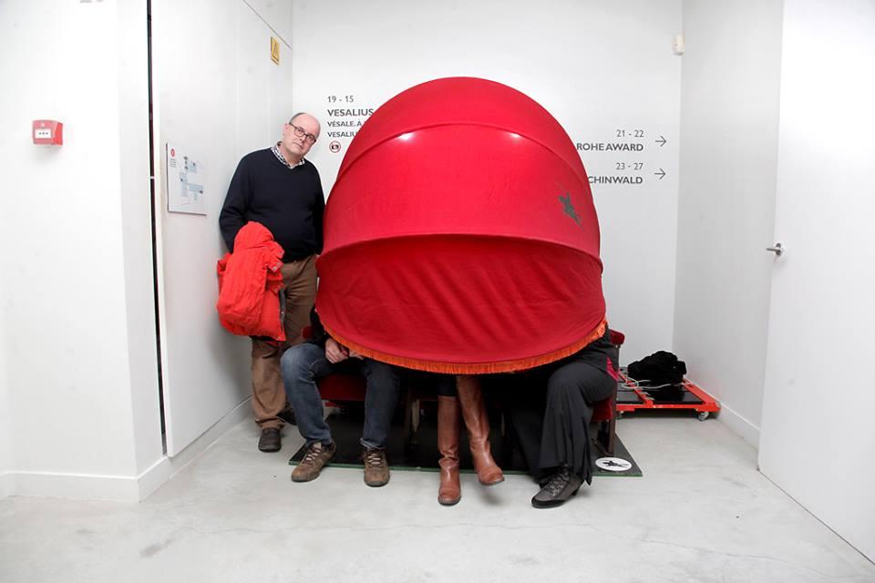 Studentennocturne in M. In de &#039;vertelkabardoesjkes&#039; van sociaal-artistiek gezelschap Cie Tartaren kregen bezoekers het verhaal van Vesalius te horen.<br/> (c) KU Leuven - Rob Stevens