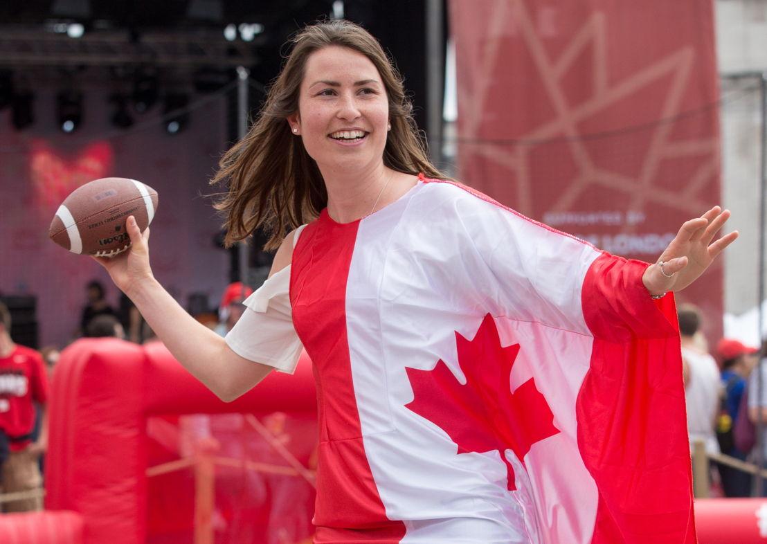 Une canadienne qui franchi le parcours à obstacles. Crédit photo : Jim Ross / LCF.