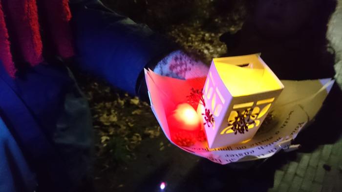 Wereldlichtjesdag: verschillende workshops en hartverwarmende lichtjesstoet in Antwerpen