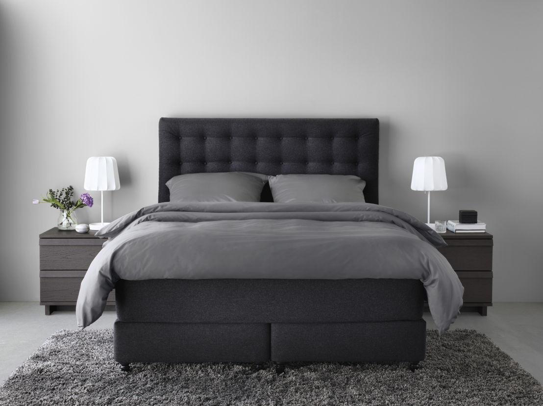 nouvelle s rie de lits boxspring pour un sommeil r parateur. Black Bedroom Furniture Sets. Home Design Ideas
