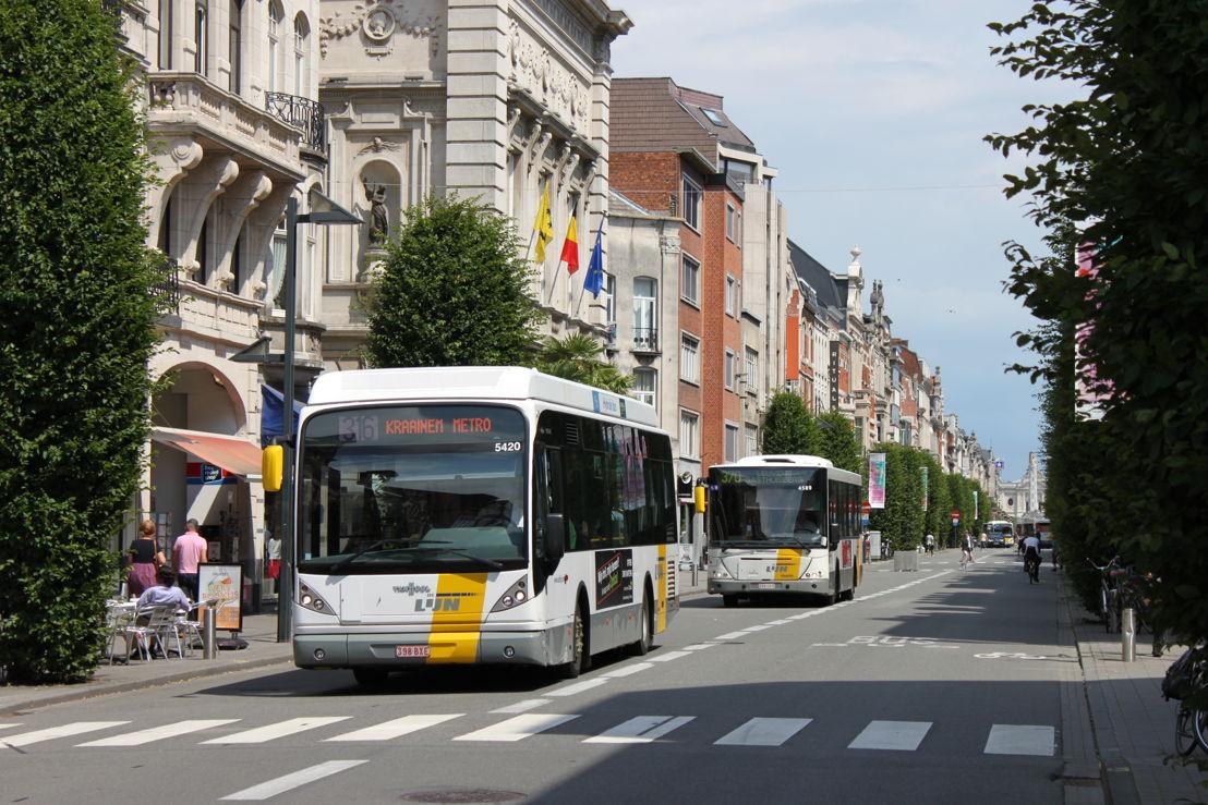 Onder meer op een deel van de Bondgenotenlaan rijden op vrijdag tijdelijk geen bussen