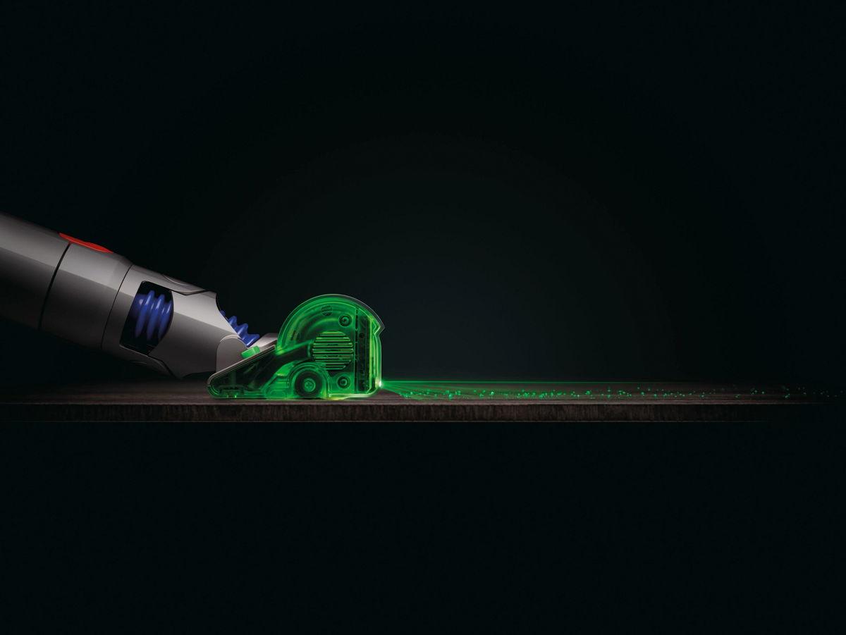 La Dyson V15 Detect incorpora la primera tecnología láser en el cabezal Fluffy para revelar el polvo oculto