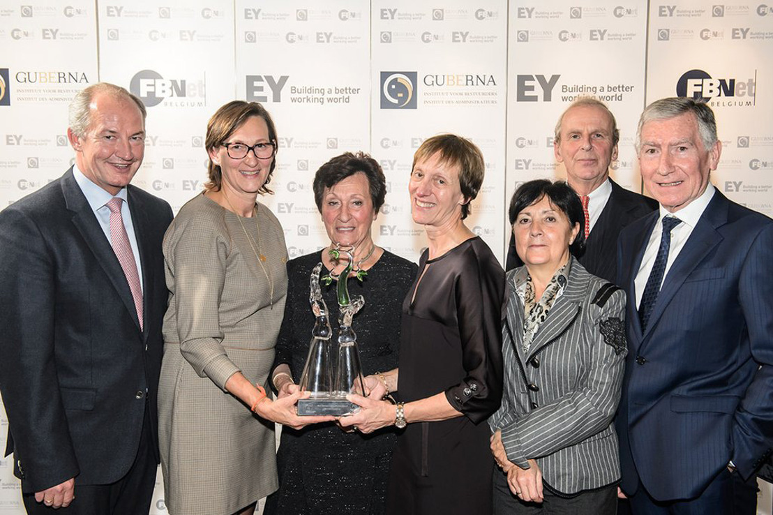 Reynaers Aluminium wins Family Business Award of Excellence 2015