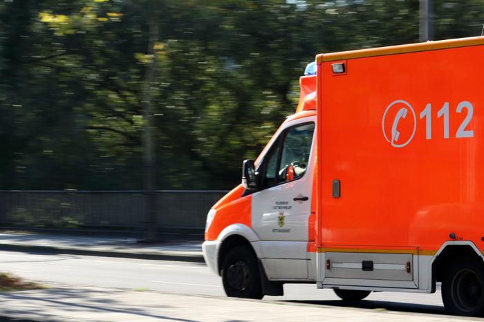 Victime d'un accident de voiture? Un agent de gardiennage vous prend directement en ligne
