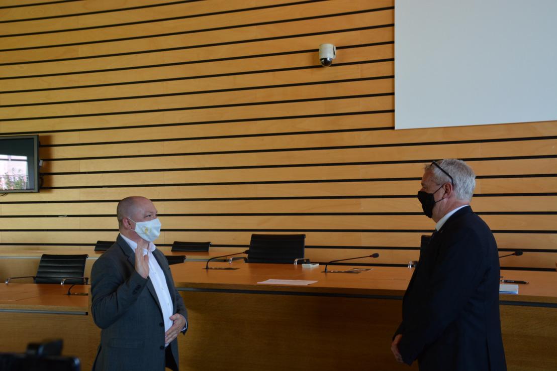 Steve Claeys legt eed af als nieuwe burgemeester van Machelen