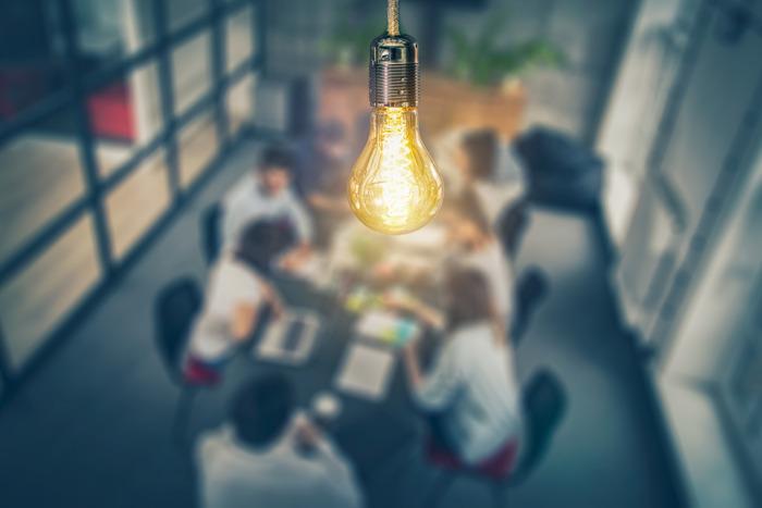 Dix start-up belges se sont disputées une entrée au salon Slush Helsinki lors de l'événement Innovation Night organisé par PwC Belgium