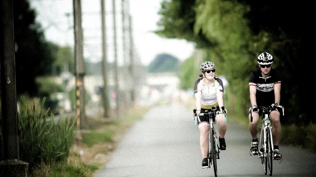 Preview Canvas | Britt zet door op weg naar de Tourmalet