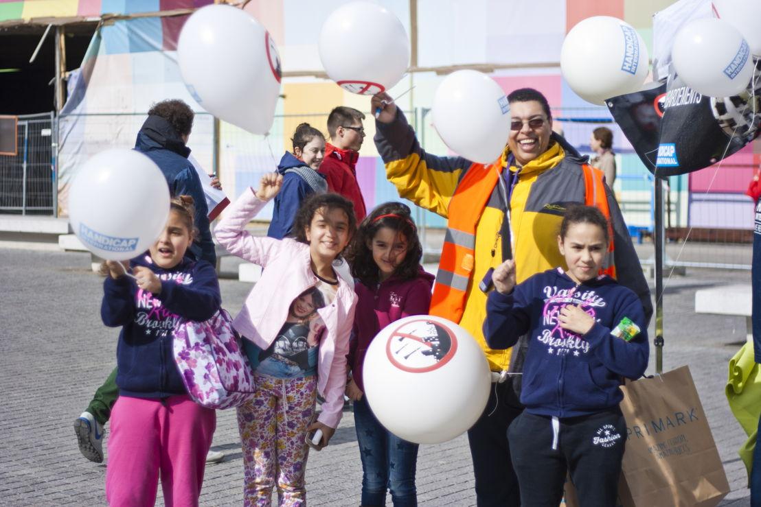 Action bénévoles le 9 avril 2016 à Bruxelles © Handicap International