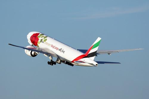 Emirates SkyCargo says it with flowers