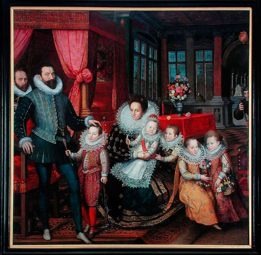 Family Portrait of Charles of Arenberg and Anna de Croÿ with the five eldest of their twelve children. © KU Leuven, Art Collection - Bruno Vandermeulen