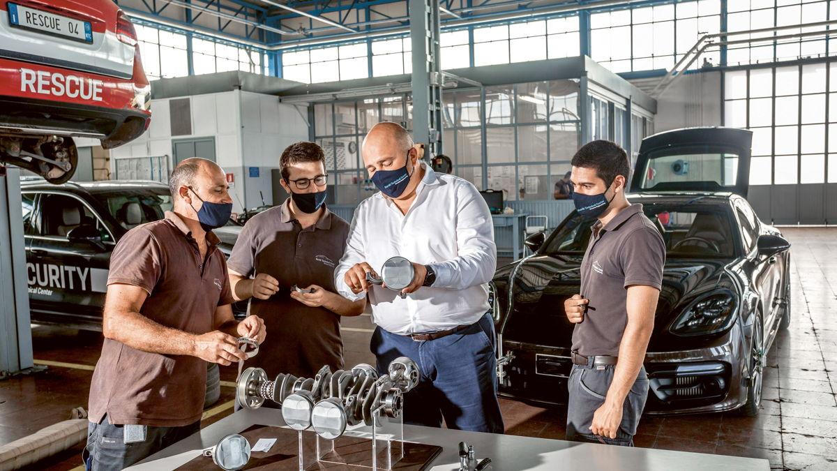 La zona de talleres del NTC permite preparar a los vehículos para las pruebas.