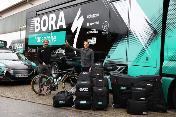 Preview: EVOC and BORA – hansgrohe are going on tour together starting in 2021