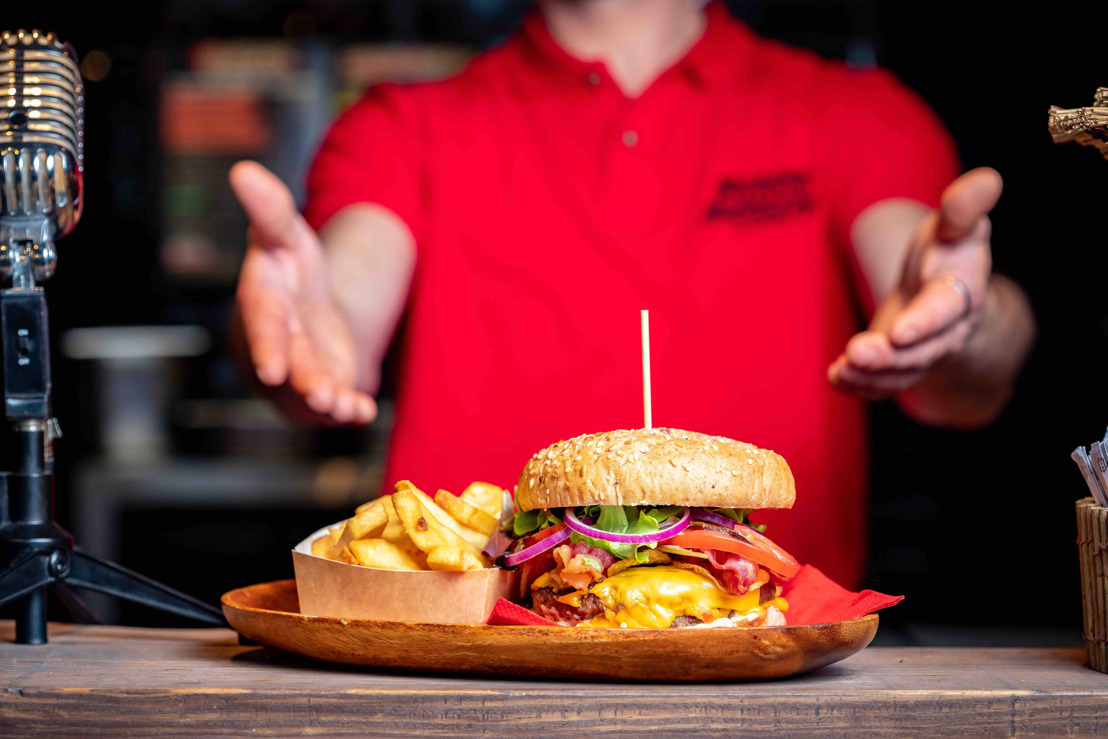 🍔 Deliveroo viert Vaderdag in Antwerpen met Beastie Burgers 🍔